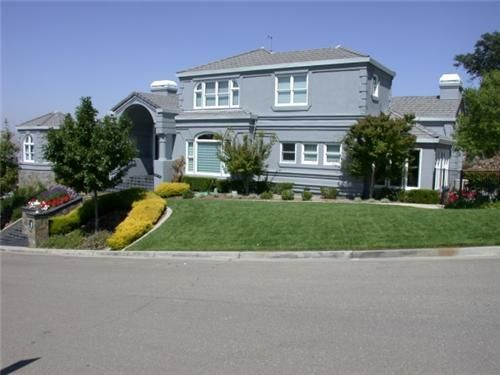 Contact Custom Painting, Inc. for House Painting in Pleasanton